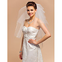 Neliportainen Elbow Wedding Veil With Cut Edge
