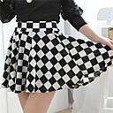 cuadrados patrón mini falda de las mujeres