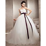 Lanting vestido de fiesta novia petite / tallas grandes de boda del tren vestido de novia de encaje-capilla / tul