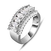 ステートメントリング ジルコン キュービックジルコニア ジェム 模造ダイヤモンド ファッション ホワイト ジュエリー 結婚式 パーティー 日常 カジュアル スポーツ 1個