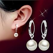 Mujer Pendientes colgantes Perla Diseño Básico Piedras Moda Estilo Simple joyería de disfraz Perla Plata de ley Bola Joyas Para Boda