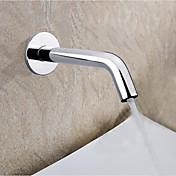 Contemporáneo Colocado en la Pared Sensor / Táctil/ No Táctil with  Válvula Cerámica Manos libres Uno Agujero for  Cromo , Grifo de bañera
