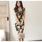 Vestido coreano del v-cuello de la hoja del loto de las compras