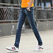 2017春と夏の男性' sのジーンズスリムな足を伸ばす思春期の男性の韓国語バージョンが薄い潮でした