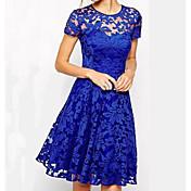 caliente nueva moda en vestido de encaje de Europa y América del temperamento cuello redondo manga corta