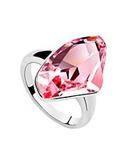 úžasný pokovených platinou crystal módní kroužek (více barev)