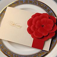Oldalra nyíló Esküvői Meghívók Meghívók-50 Darab / készlet Klasszikus stílus / Flóra stílus Kártyapapír 18,4*12,8 cm