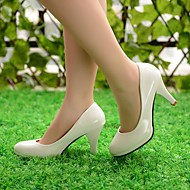 Magnifiques chaussures de mariée à talons aiguilles