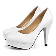 Chaussures en cuir de mariée