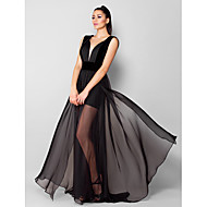Formal Evening Dress - Plus Size / Petite A-line V-neck Sweep/Brush Train Chiffon / Velvet