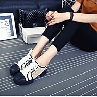 Women's Shoes Leather/Tulle Kitten Heel Ankle Strap/Round Toe Fashion Sneakers/Oxfords Athletic/Dress Black/White