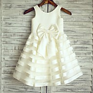 Princess Knee-length Flower Girl Dress - Satin / Tulle Sleeveless Scoop with