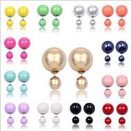 여러 가지 빛깔의 공 다이아몬드 귀걸이
