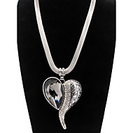 Alloy Silver Heart Rhinestone Pendant Statement Necklace
