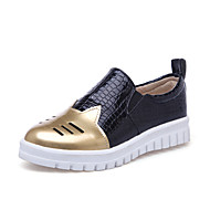 Women's Shoes Low Heel Round Toe / Closed Toe Loafers Office & Career / Dress / Casual Silver / Gold