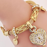 New Fashion Luxury Crystal Heart Gold Bracelet Clock Wristwatch Quartz Watch Electronics Women Casual Dress Watches