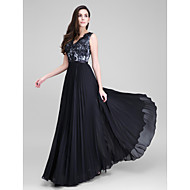 TS Couture® Formal Evening Dress - Black A-line V-neck Floor-length Chiffon / Lace