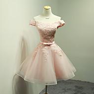 Courte / Mini Organza Robe de Demoiselle d'Honneur - Robe de Soirée Epaules Dénudées avec Appliques / Noeud(s) / Ceinture / Ruban