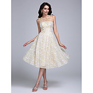 Cocktail Party Dress A-line Jewel Knee-length Lace with Beading / Flower(s)