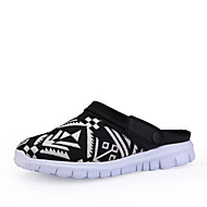 Men's Slippers & Flip-Flops Spring / Summer Sandals / Slippers Canvas Casual Flat Heel Buckle Black / Blue / White