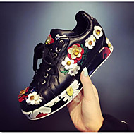 Women's Sneakers Fall / Winter Closed Toe Leather Outdoor Platform Flower Black / White Others