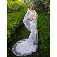 2017 Lanting Bride® Trumpet / Mermaid Wedding Dress - Chic & Modern Open Back Court Train V-neck Lace with Flower / Sequin
