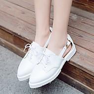 Dame Sko PU Vår Komfort Flate sko Flat hæl Spisstå Med Til Avslappet Hvit Svart Blå
