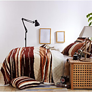 Flannel Geometric Polyester Blankets