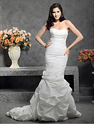 Lanting Bride® Trumpet / Mermaid Petite / Plus Sizes Wedding Dress - Classic & Timeless Court Train Sweetheart Taffeta with
