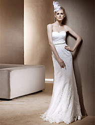Lanting Sheath/ Column Sweetheart Floor-length Lace Wedding Dress