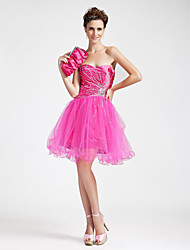 A-line Sweetheart Knee-length Stretch Satin Cocktail/Prom Dress
