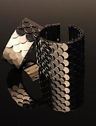 Fashion Fish Scale Bangle Bracelet(Product May Vary)