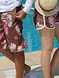 цветочная волна края коротких штанишках