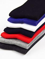 peúgas dos homens de moda refinada do algodão