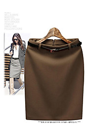 Falda delgada mujer con cinturón