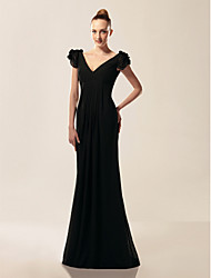 Formal Evening/Military Ball Dress - Black Plus Sizes Trumpet/Mermaid V-neck/Off-the-shoulder Sweep/Brush Train Chiffon