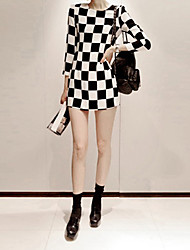 Women's CheckerBoard Slim Top