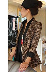 Del leopardo de las mujeres delgadas Blazers