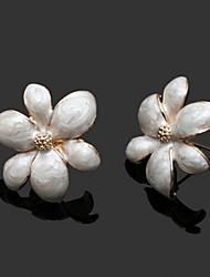 Unique fleur d'alliage de boucles d'oreilles en forme