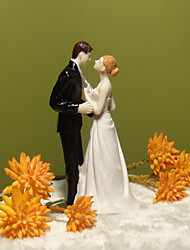 Cake Toppers Kissing Couple Resin  Cake Topper