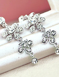 Exquisite Alloy With Rhinestone Women's Earrings