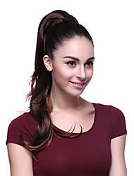 Brun clip dans les cheveux de queue de poney Extension de cheveux