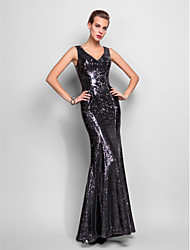 Formal Evening/Military Ball Dress - Black Plus Sizes Trumpet/Mermaid V-neck Floor-length Sequined