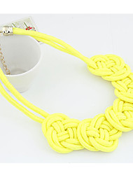 Women's Knit Flowers Necklace