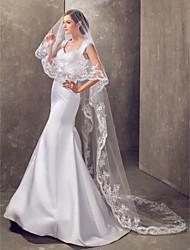 Un palier cathédrale voile de mariage avec Applique bord Et Sequin