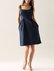 Knee-length Taffeta Bridesmaid Dress - Dark Navy Plus Sizes Sheath/Column Scoop