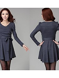 Women's Solid Gray Dress , Plus Sizes V Neck Long Sleeve Pleated