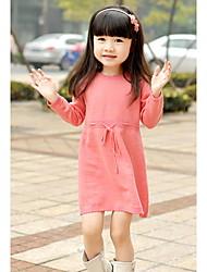 Vestido de algodón de cuello redondo de la muchacha