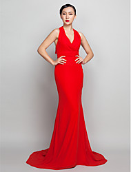TS Couture® Formal Evening Dress - Open Back Plus Size / Petite Sheath / Column Halter Sweep / Brush Train Chiffon with Ruching