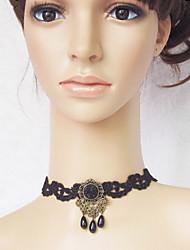 Handmade Reina Oscura Negro Gemstone & Lace Gothic Lolita collar